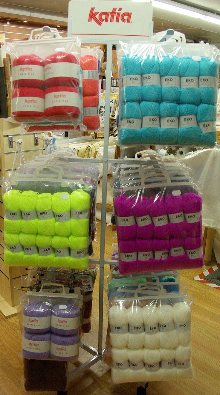 Venez profiter des paquets de laine de 10 pelotes unies ou multicolores