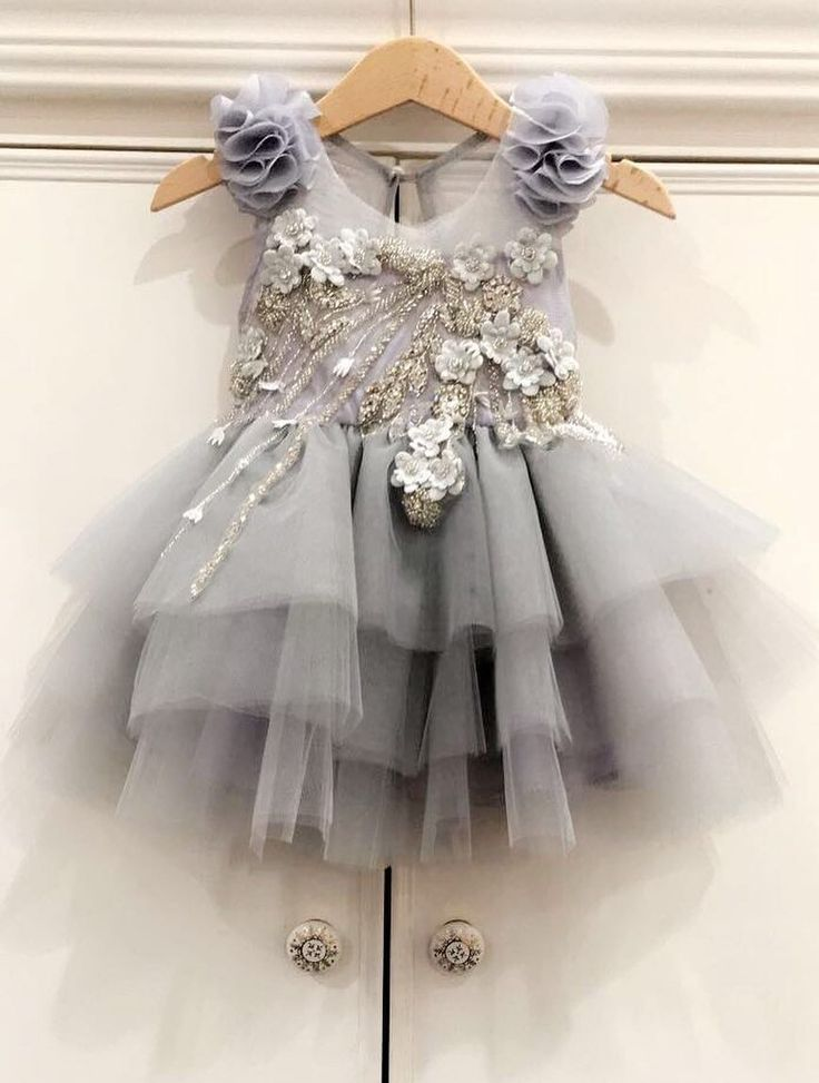 ISABELLA COUTURE (I 09/17)