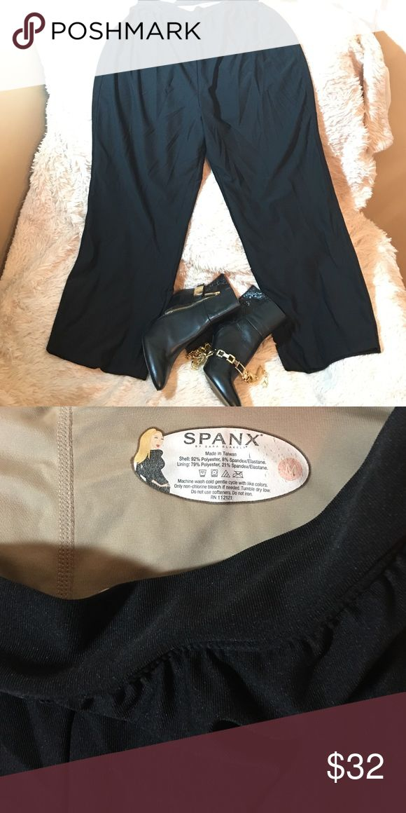 Spanx Bod-A-Bing Cropped Pants Spanx Bod-A-Bing Cropped Pants in Black. Spanx slimming liner inside. Ankle length. Size Medium. Gently worn. SPANX Pants Ankle & Cropped