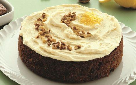Skøn gulerodskage - eller squashkage -med flødeostglasur. En god klassisk skærekage, der vækker begejstring hos de fleste.