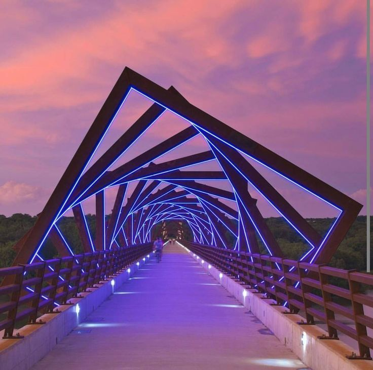 """BRG Magazine : """"Good night with the view of High Trestle Trail Bridge, Madrid, USA (Not in Spain). Project by RDG Planning & Design, 2011…"""""""