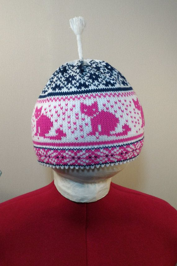 Cotton hand-made hats with cat pattern and antenna by LanaNere