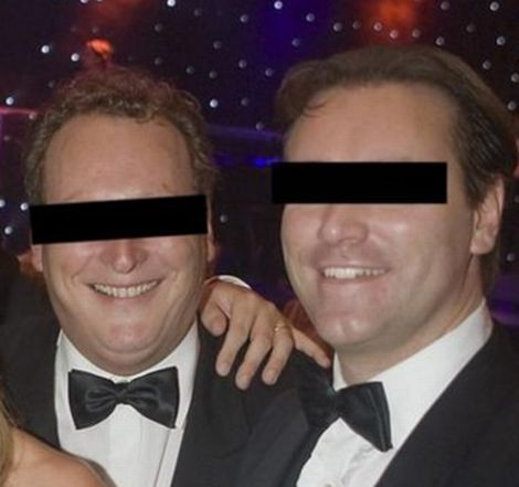 Tegen twee voormalige bestuursleden van een stichting die geld inzamelt voor onderzoek naar kinderkanker, is donderdag in de Amsterdamse rechtbank tot 3,5 jaar celstraf geëist. De bestuursleden worden verdacht van verdenking van verduistering en valsheid in geschrift.