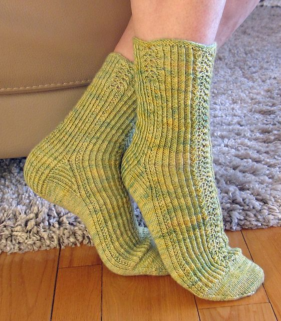 Ravelry: CHIENDENT-SKA May Mystery 2012 Socks pattern by Yvette Noel