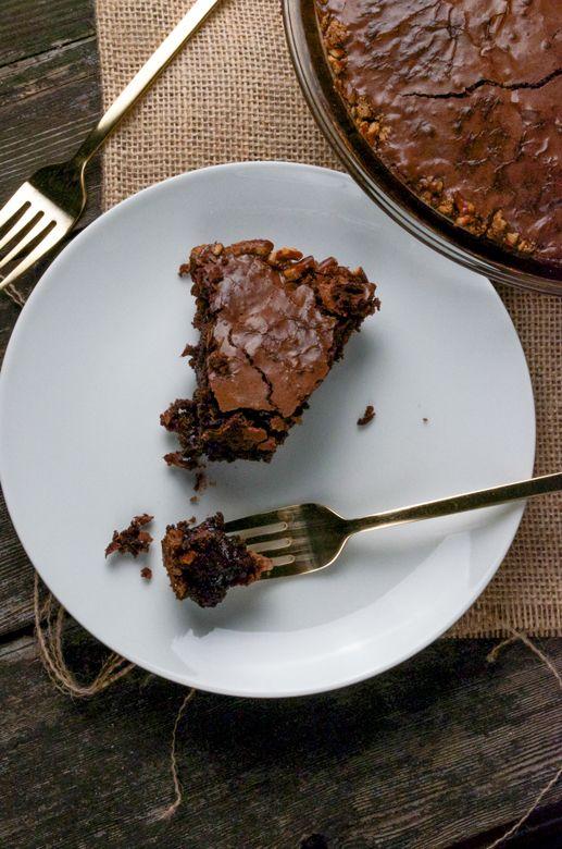 Pretzel Crusted Brownie Pie from www.sprinklesideup.com