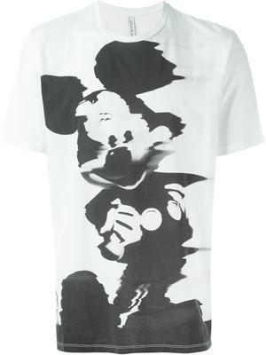 camiseta con Mickey Mouse difuminado
