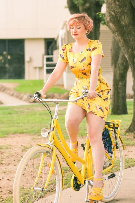 Birds of a feather, ride together. #bikelife #bicyclebeauty #yellow #summer