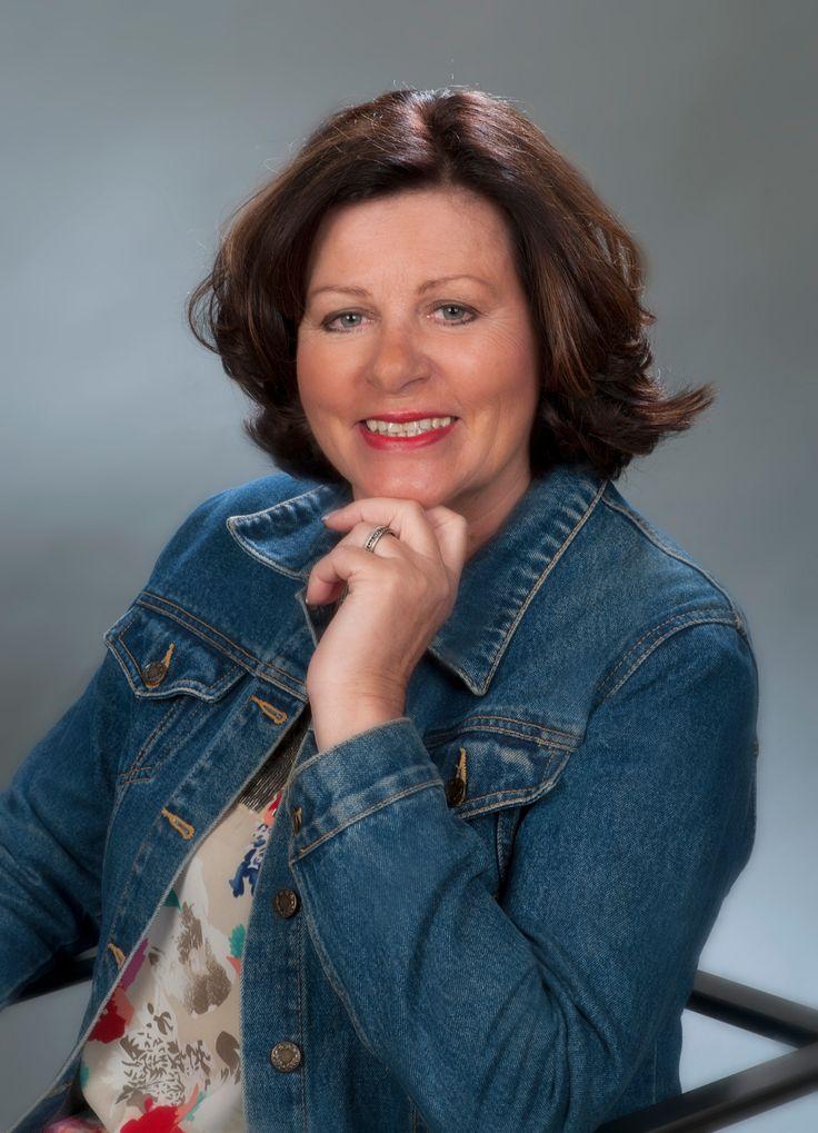 Gisela hat  Ernährungsberatung Barbara Michahelles und Heilpratikerin Helga Dohm in 66450 Bexbach mit 5 von 5 Sternen bewertet:      Super Toll  Endlich eine Kur die mich überzeugt hat.Mit einem super Erfolg ,in den 10Wochen habe ich 17 Kilo abgenommen, einfach super.