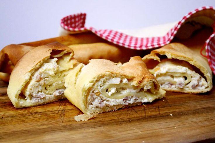 Scacce Ragusa ricotta and sausage | Scacce ragusane ricotta e salsiccia | Mastercheffa