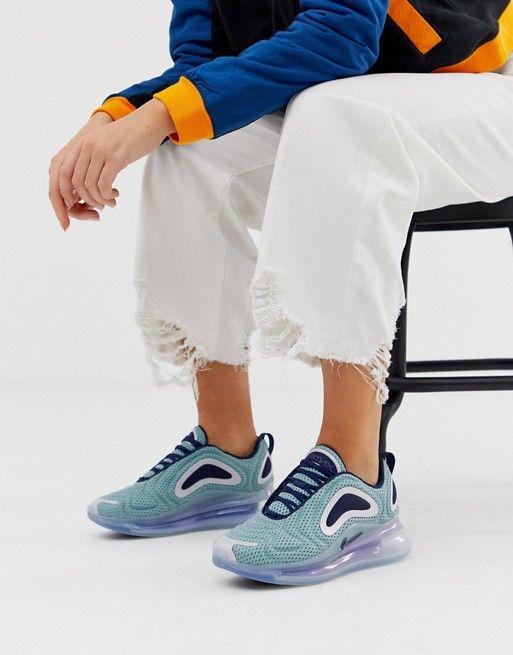Nike Air Max 720 sneakers In Light Blue