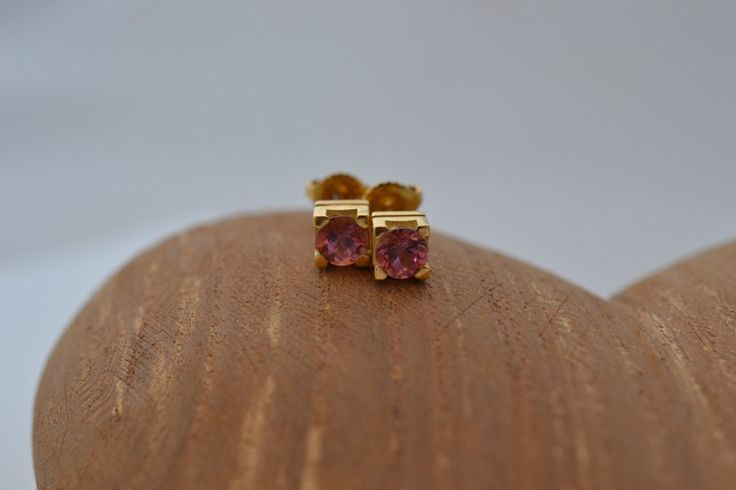 A personal favourite from my Etsy shop https://www.etsy.com/uk/listing/467291314/classic-collection-pink-tourmaline-solid