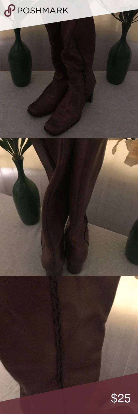 💞SALE💞St John's Bay brown rider boots St John's Bay Brown rider boots, material worn in the inside, other wise good condition St. John's Bay Shoes Heeled Boots