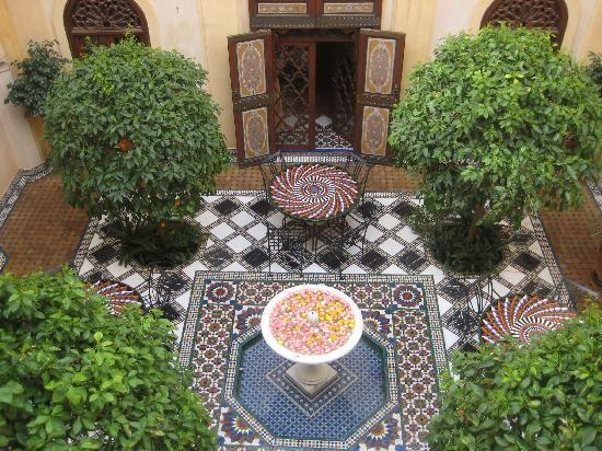 75 best Garden courtyards images on Pinterest Landscaping