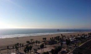 Hotels Near Disneyland - Waterfront Beach Resort   Hilton Mom Voyage