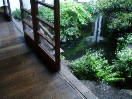 朝倉彫塑館。平成25年3月リオープン予定。