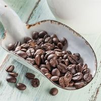 Grown on Australia's tropical tablelands, our Australia single origin Arabica whole bean coffee is a great all-day choice. Even though coffee production in Australia is relatively new, the beans sure do punch above their weight. The Aussie coffee is typically smooth and earthy with the complexities of the bean best unlocked using a french press.