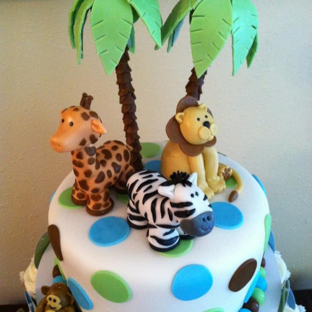 Fondant Zoo Animal Cake Topper.
