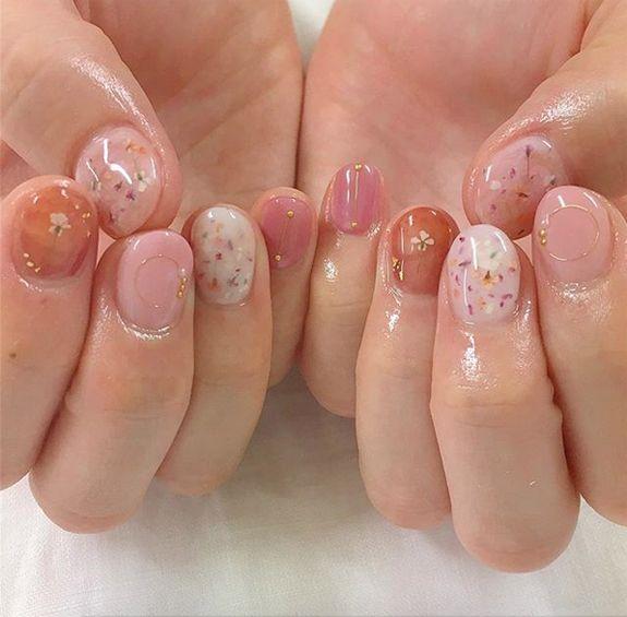 pink nail polish with glitter. / sfgirlbybay