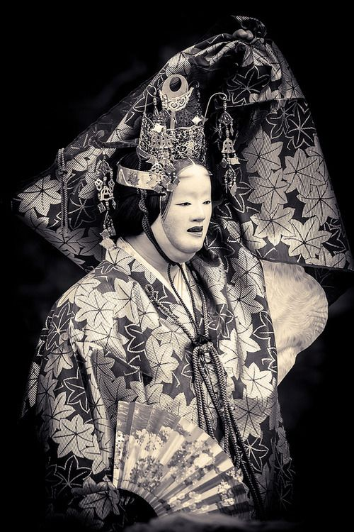 Traditional Noh theatre, Japan. Photography by Stephane Barbery on Flickr