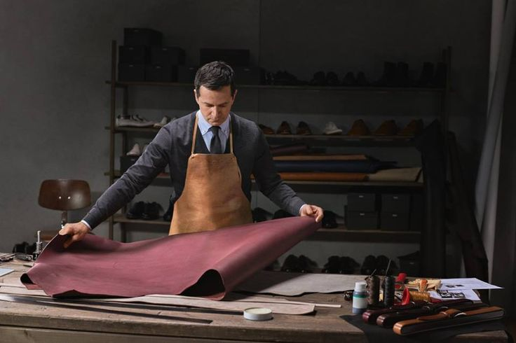 The finest leather is used for every BOSS Tailored belt