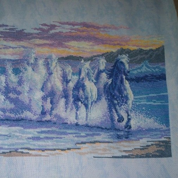I finished the yoke. Now in a baguette. Embroidery# wave# dimensions# dimensionswave# snowy# cross-stitch#