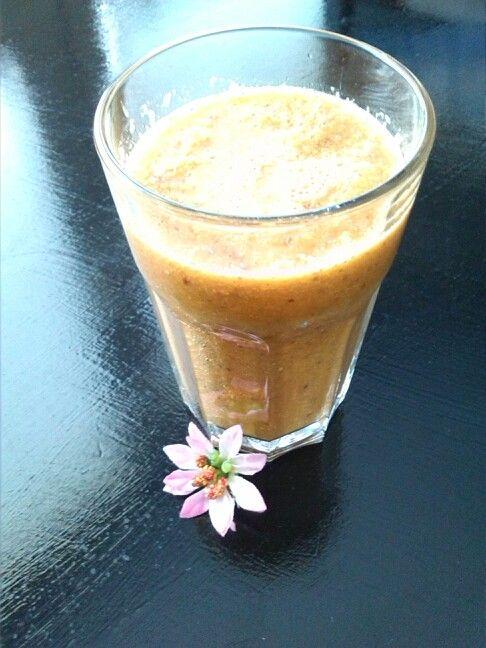 Pomerančové smoothie 250 ml = 549 kJ / 131 kcal