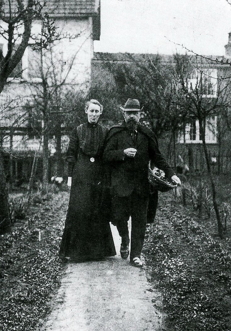 Jan Sr. and his wife Anna Verkade in his home town Hattem