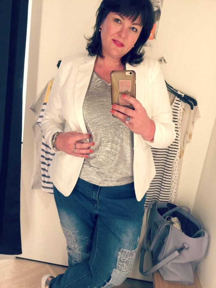 MS mode, grote maten mode, zilver top, witte blazer, wondervol
