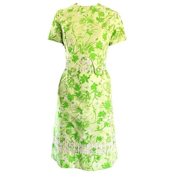 Preowned 1960s Lilly Pulitzer Oriental Themed Neon Green Embroidered... ($725) ❤ liked on Polyvore featuring dresses, cocktail dresses, green, cotton shift dress, vintage cotton dress, neon green dress, print shift dress and hawaiian dresses