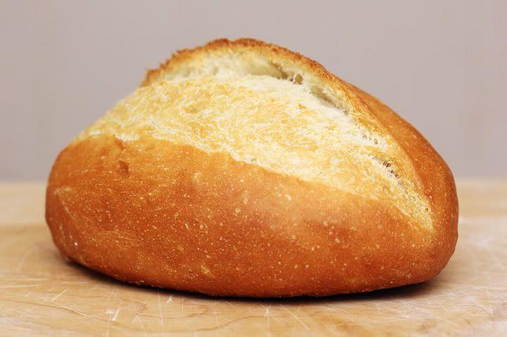 Французская/городская булка из пшеничной муки на  на 10-ти часовой опаре