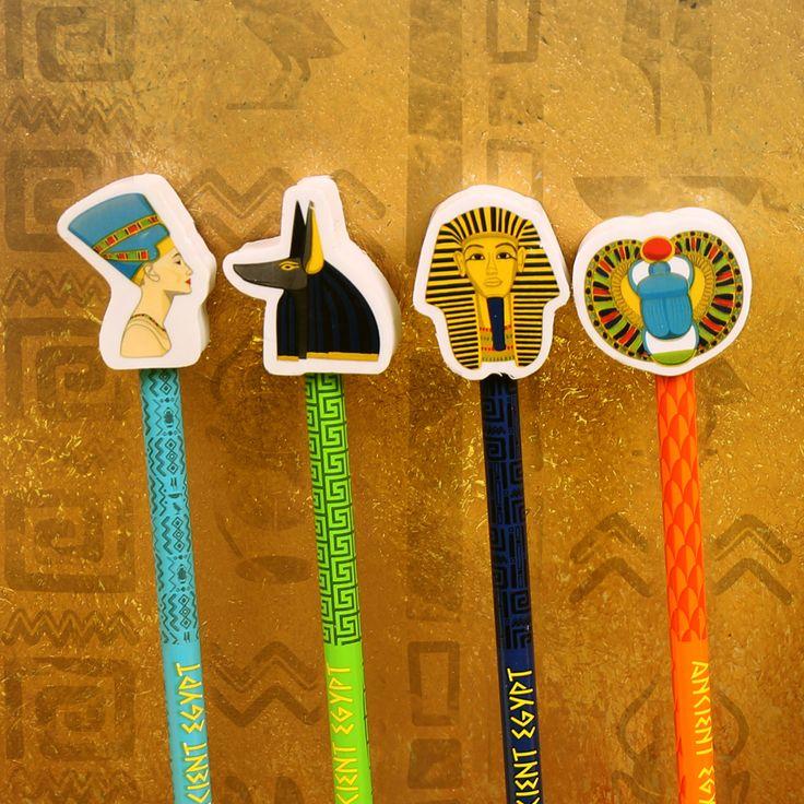 Lápices de regalo para los más pequeños de la casa. Estos pertenecen a la colección del mundo Egipcio y así da gusto aprender la historia de Tutankhamun #egipto #pintar #lapices