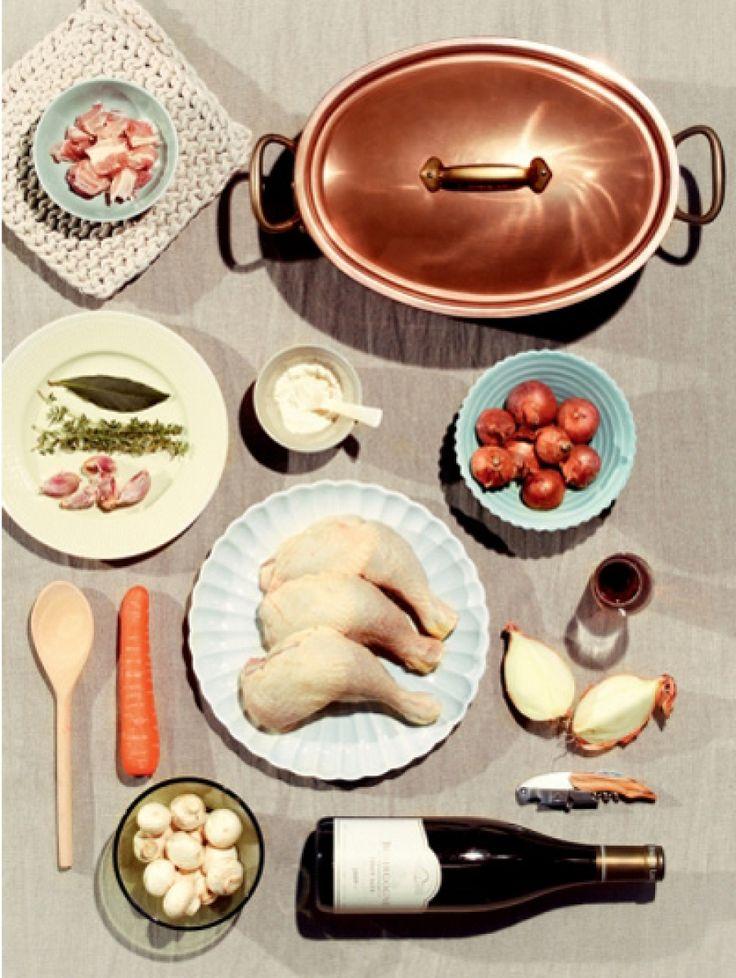 Stoofgerechten zijn bedacht om de luie mens te dienen. Lamsstoof met bonen en aardappeltjes, langzaam gegaarde kip of rund, gestoofde octopus met kno...