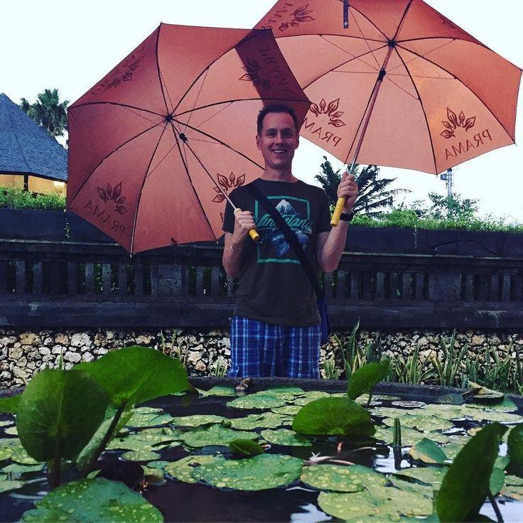 Im singing in the rain #Bali #inseldergötter