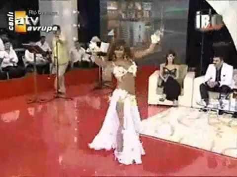 Turcoaica Sexy si frumoasa
