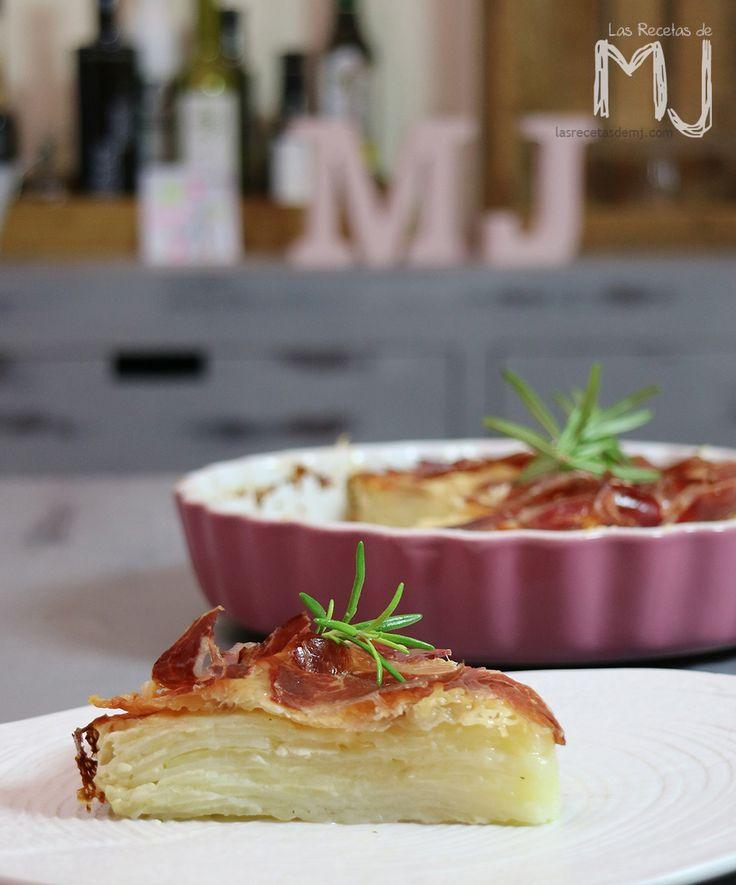 Patatas gratinadas con jamón ibérico / Potatoes au gratin with ham
