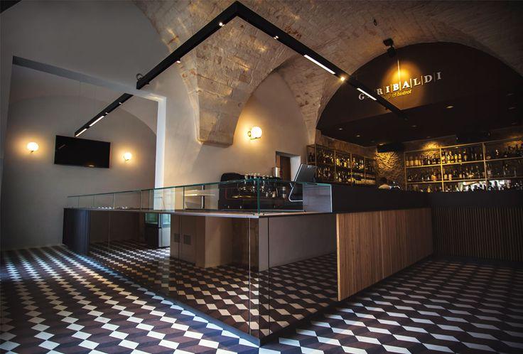 Garibaldi Cafè & Bistrot | Pastina Grandinetti www.grandinetti.it #cementtiles #encaustictiles