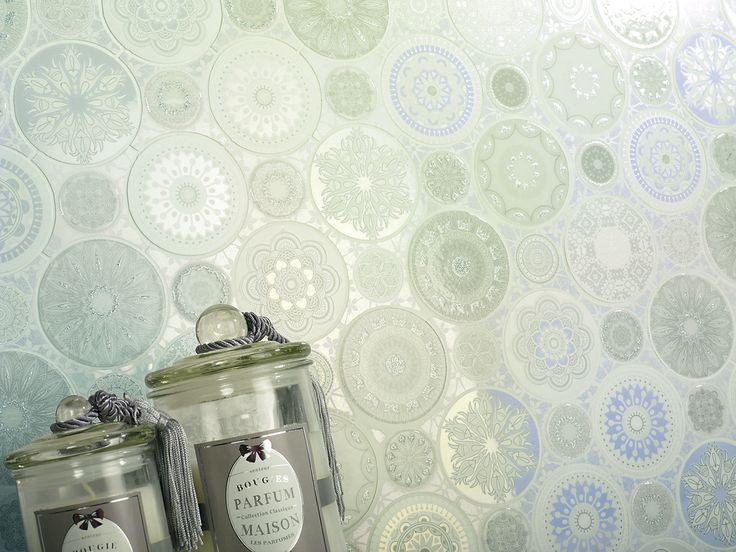 Beautiful mosaic with silver and glitter touches to suggest snowflakes.  Supplied by Exto