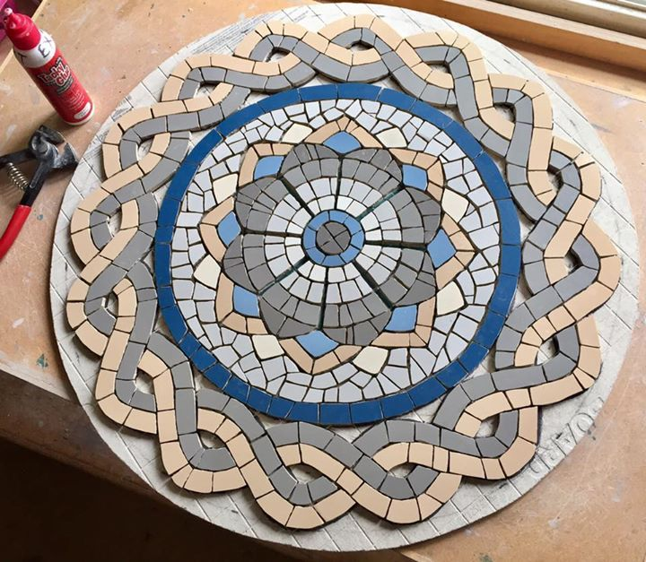 Morning everyone! The guilloche pattern on the Roman mosaic design table is now finished - onto the border next - how do you think it is coming on? Fx