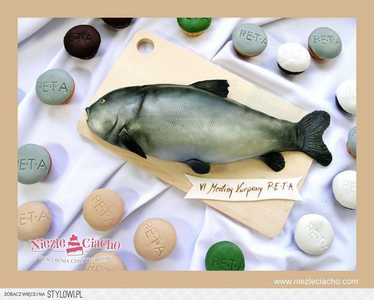 Ryba, tort w kształcie ryby, tort z rybą, tort dla wędkarza, złowiona ryba, łowienie ryb, wędkarz