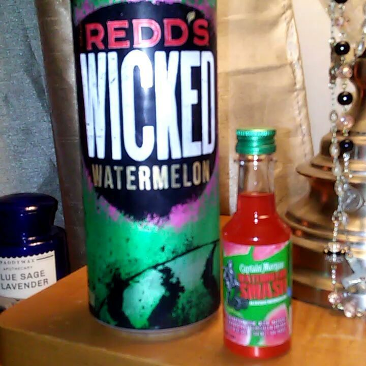 That Moment when Redd's Wicked Watermelon meets Captain Morgan's Watermelon Smash..Redd's is the Winner by 7/10ths of a yard...lol A Little funny is good for this Easter Bunny ! Lol # #funny #funnyvoices #silly #redds #captainmorgans #winner #loser #alcohol #humor #nighttime #laughter #drinks #bartender #taster #taste #watermelon #liquor #southerncharm