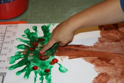 johnny appleseed trees: Trees Fingers, Apples Trees, Apple Trees, Trees Handprint, Trees Crafts, Handprint Apples, Hands Prints Trees, Fingers Prints, Johnny Appleseed