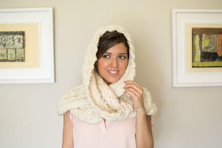 Big oversized scarf, cowl snood scarf, eternity scarf, hooded scarf, chunky super scarf, chunky cowl wool, hand-knit wool wrap. #scarf #chunky #woolscarf #etsy