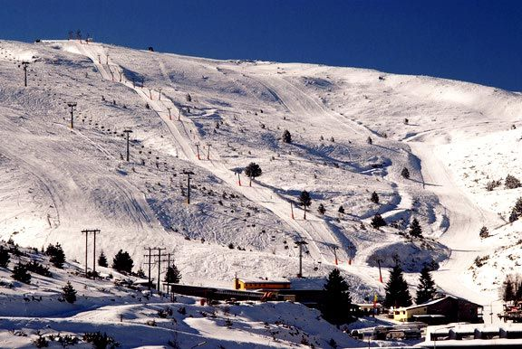 Seli ski center; the first in Greece, variety of ski runs and well organized facilities! #Seli #Veroia #ski #wintergreece #greece #extremesports