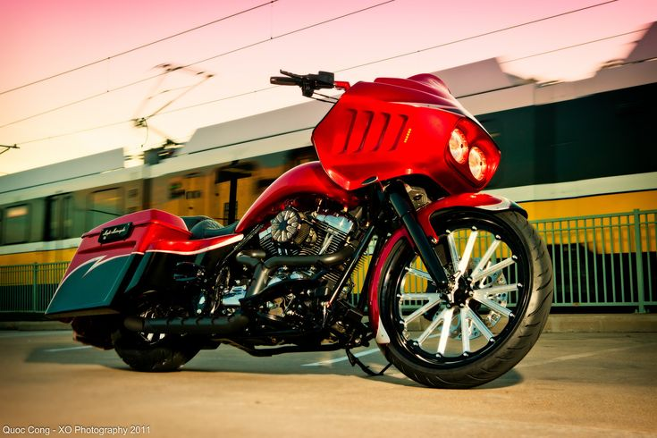 Harley Davidson Road Glide  custom bagger 23 bagger 21