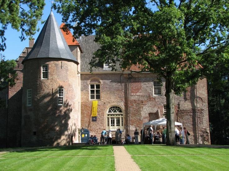 17 Best images about Bommelerwaard on Pinterest   Wells, Apps and Doors
