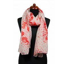 Fashion sjaal met rode sterren. Een perfecte sjaal bij een denim look outfit.  Link: http://www.sjaals4you.nl/sjaal-met-rode-sterren.html