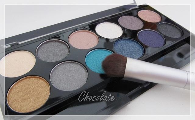 MUA Dusk till Down eyeshadow Palette