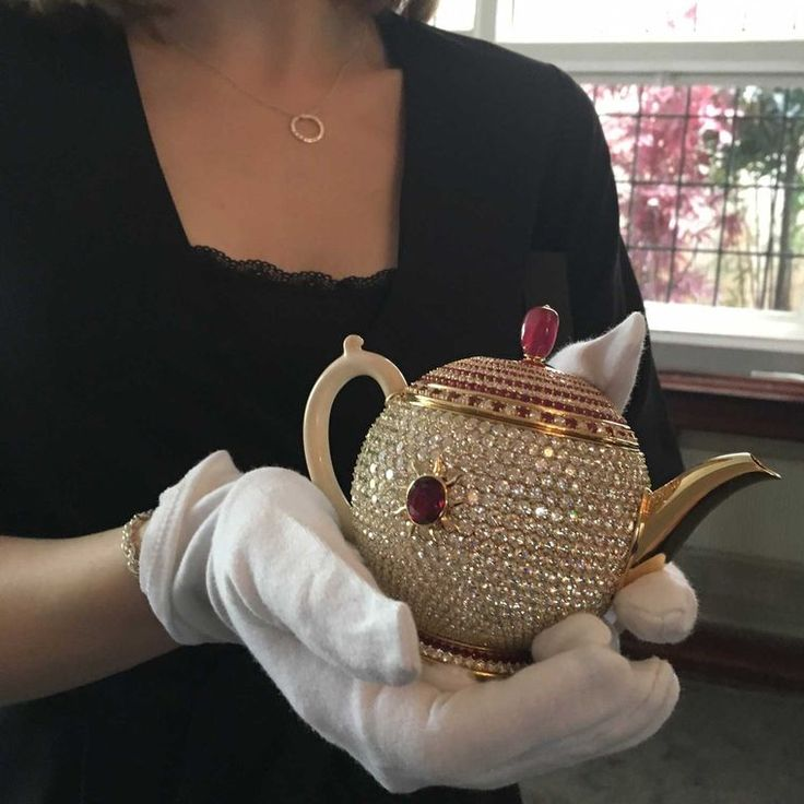 A teapot just for one, the Egoist has been donated to the Chitra Collection of historic and contemporary teapots by owner Nirmal Sethia. Made from gold, diamonds and rubies, this is the most expensive teapot in the world. Discover more: http://www.thejewelleryeditor.com/jewellery/stir-crazy-most-expensive-teapot-world/ #tea