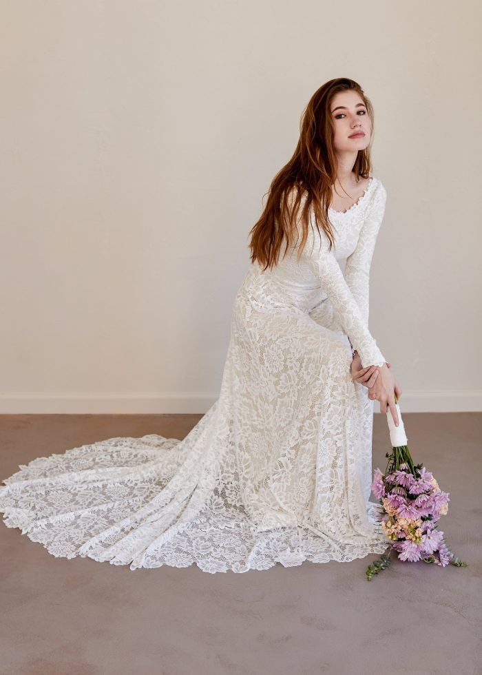 121335d935900 Long Sleeve Lace Wedding Dress - Chic Vintage Brides : Chic Vintage Brides