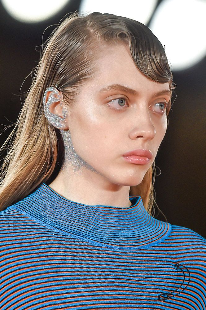 From spidery lashes to manga-esque eyes, here are the eye-catching Fall 2016 makeup trends we can't wait to try.